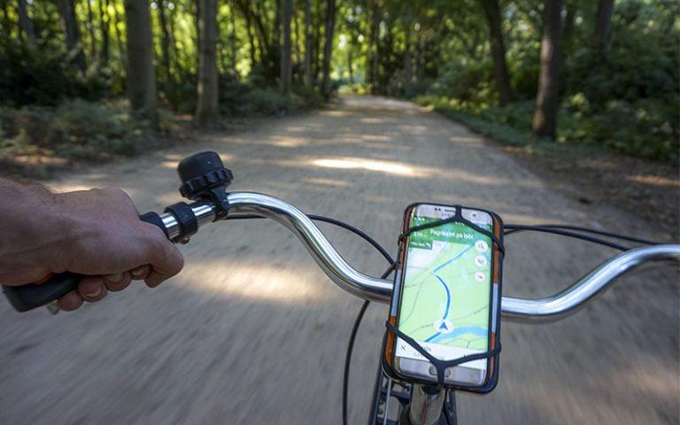 Rapprochement entre Waze et Google Map